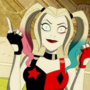 DC動漫《哈莉·奎因》劇情吐槽,蝙蝠俠為何會山寨鋼鐵俠的戰甲?