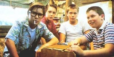 看了無數青春電影,我心中當之無愧的NO.1還是《站在我這邊/伴我同行》