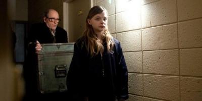 恐怖電影推薦《生人勿進》,吸血鬼的唯美愛情故事?這劇情也太扭曲了吧